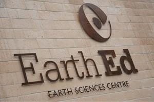 EarthEd_Id_450x300_o